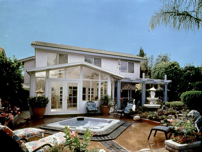 patio-sunroom-and-spa